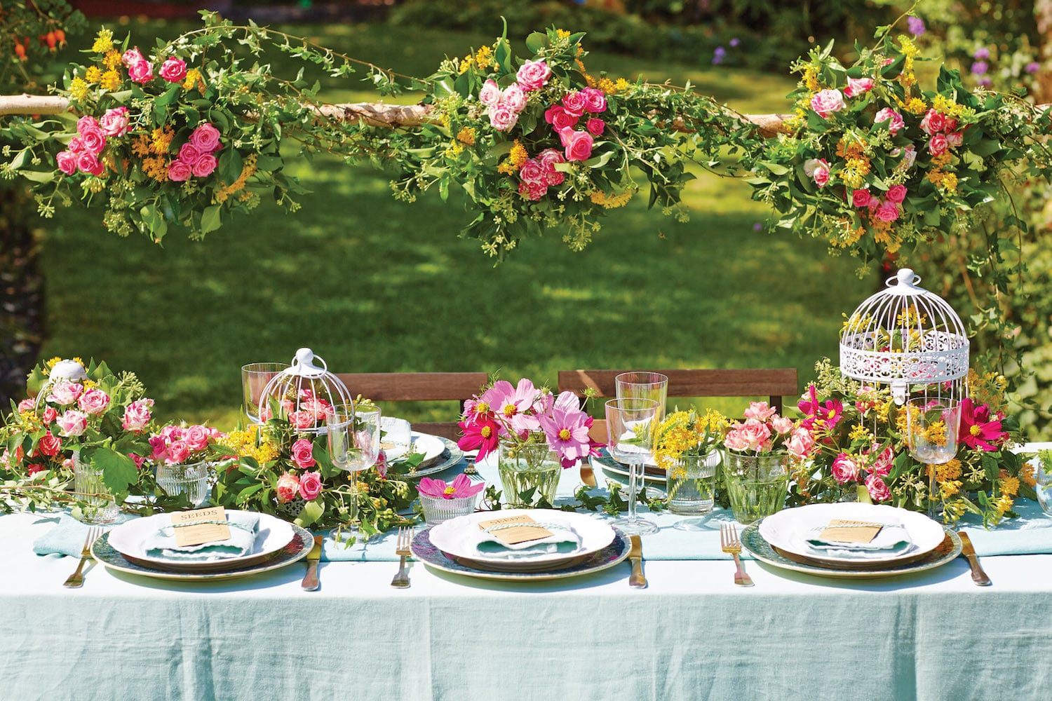 garden-wedding-theme-table-setting