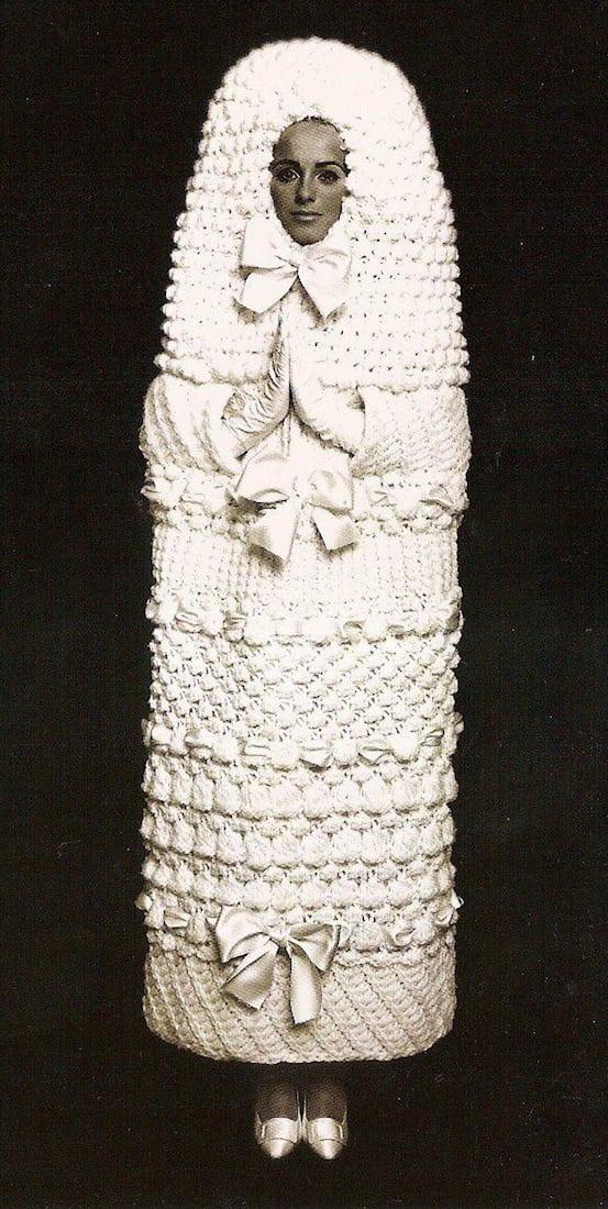 dziwne sukienki ślubne