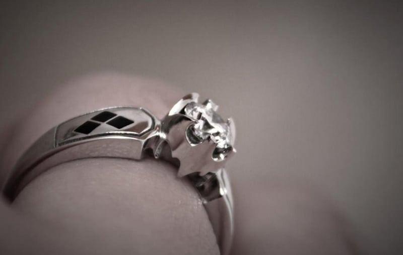 batman pierścionek zaręczynowy