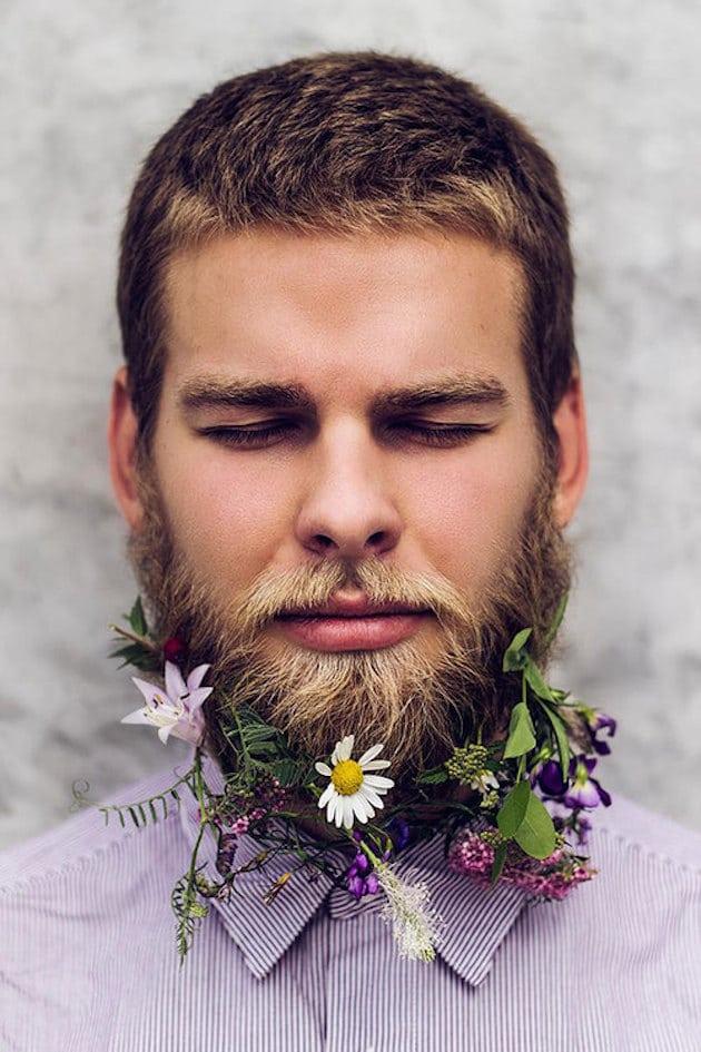15-ideas-for-Fresh-Flower-Wedding-Hair-Bridal-Musings-Wedding-Blog-18