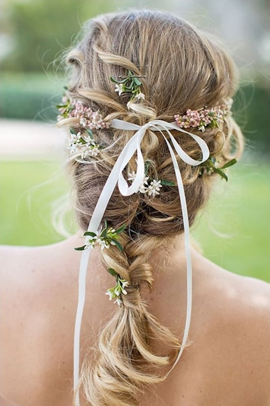 natural_wedding_hair_tiny_flowers10