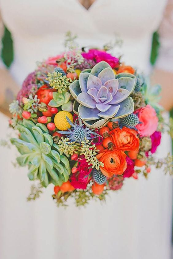 rustic-bohemian-succulent-wedding-bouquet